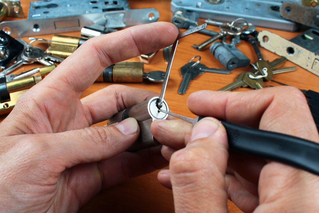 Locksmith in Greenpoint 11211, 11222